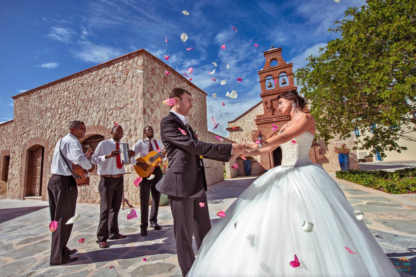 Свадьба в часовне Кап-Кана
